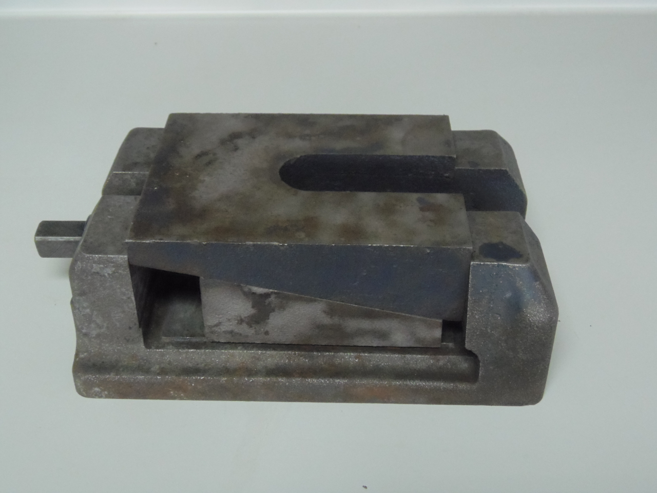 "HEAVY DUTY MACHINE LEVELING BLOCKS, WEDGE TYPE, LEVELING PADS, 10"" x 7"" x 3 1/4 to 3 5/8"" H, 49 AVAILABLE."