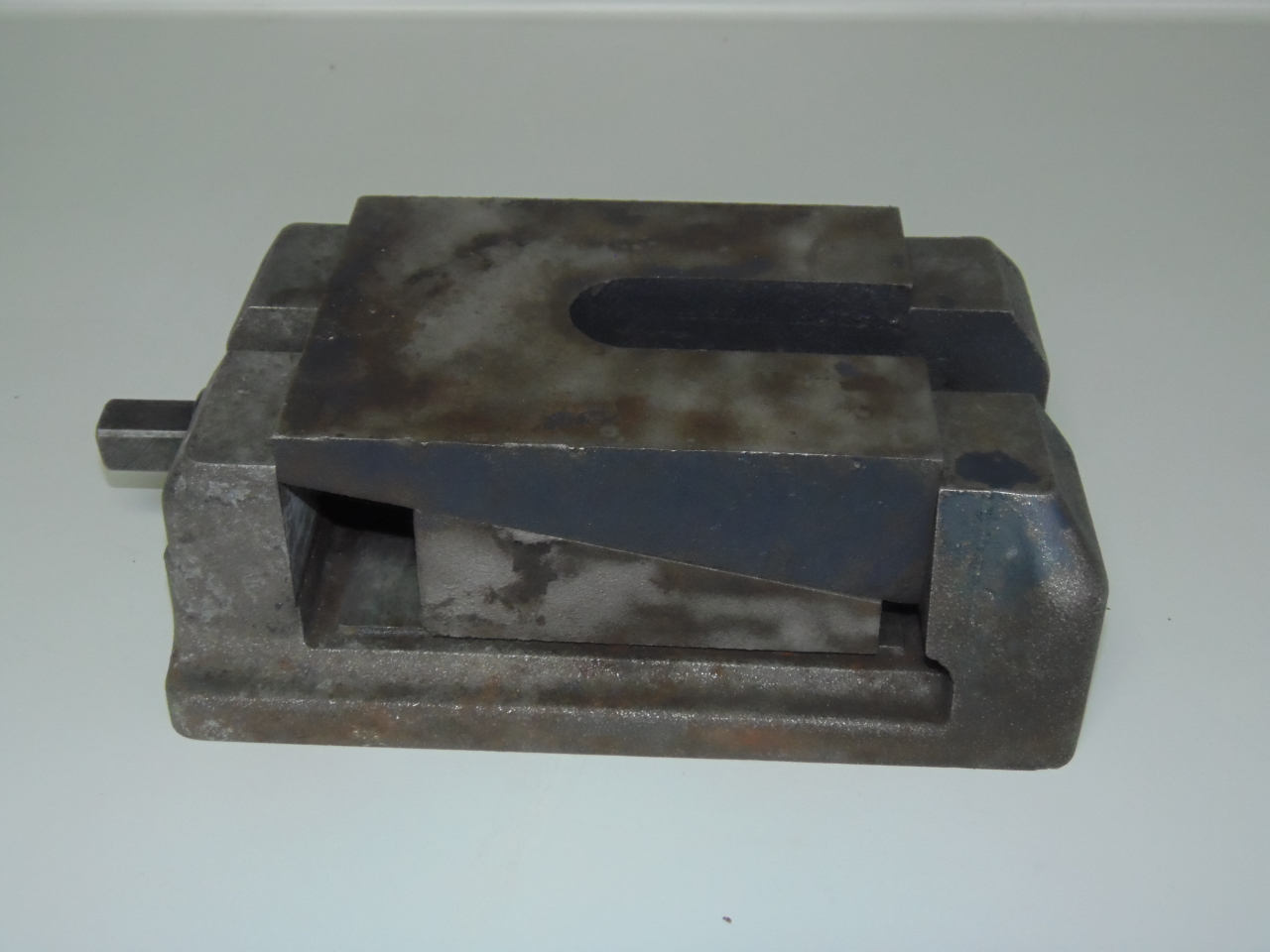 """HEAVY DUTY MACHINE LEVELING BLOCKS, WEDGE TYPE, LEVELING PADS, 10"""" x 7"""" x 3 1/4 to 3 5/8"""" H, 49 AVAILABLE."""
