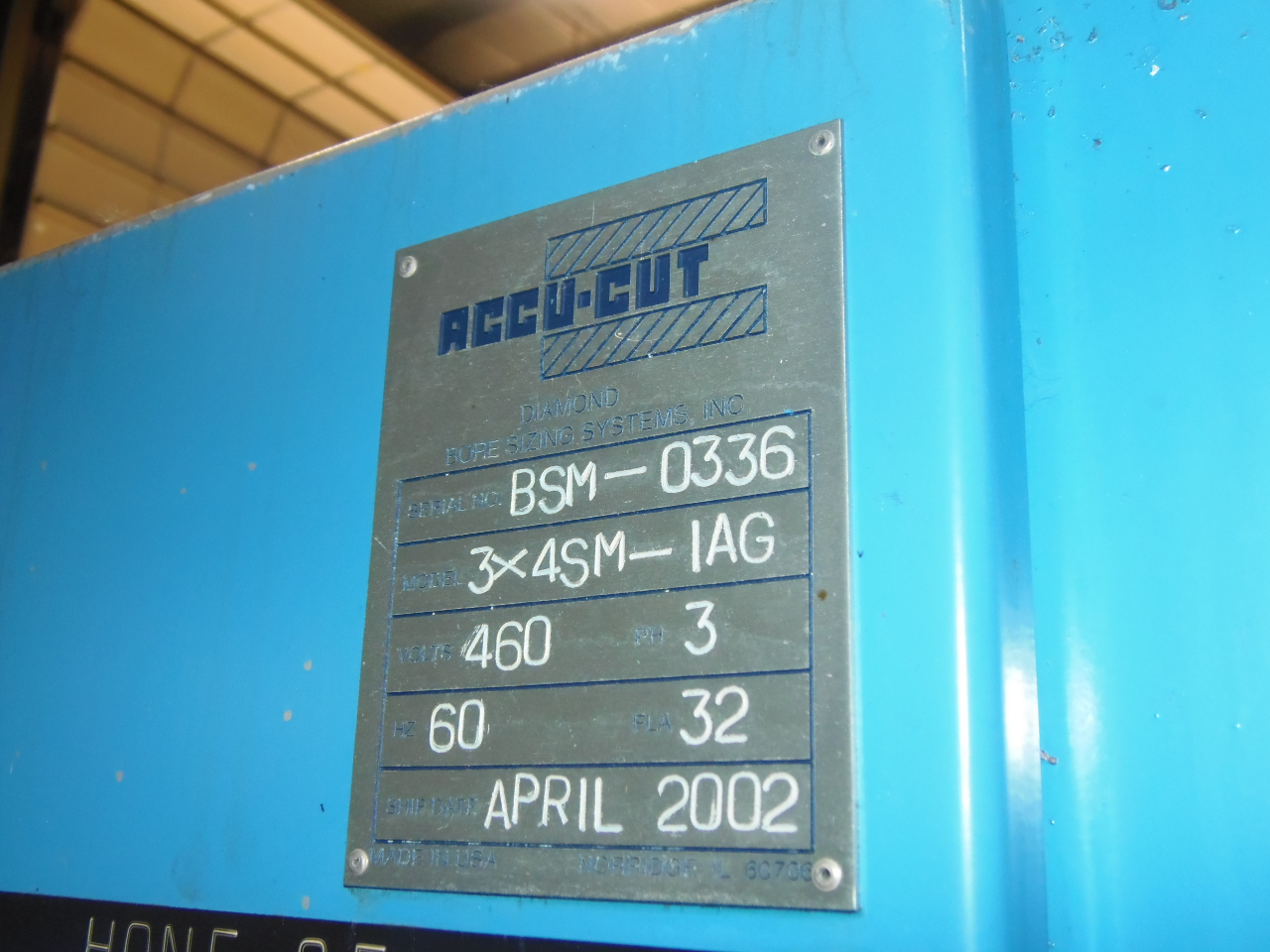 ACCU-CUT 3X4SM-1AE, 12 SPINDLES, 3 CUTTING STATIONS, ETAMIC CM2 MEASURING SYSTEM, NEW 2002