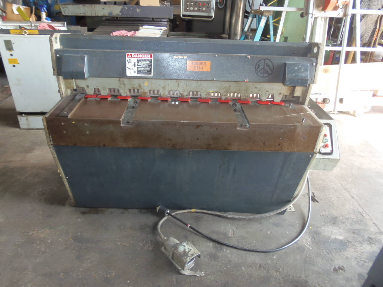 """14 GA X 49.5"""" EDWARDS MODEL 2.5/1250 ELECTRIC SHEAR, 24"""" ROBG, FRONT SUPPORT ARM"""