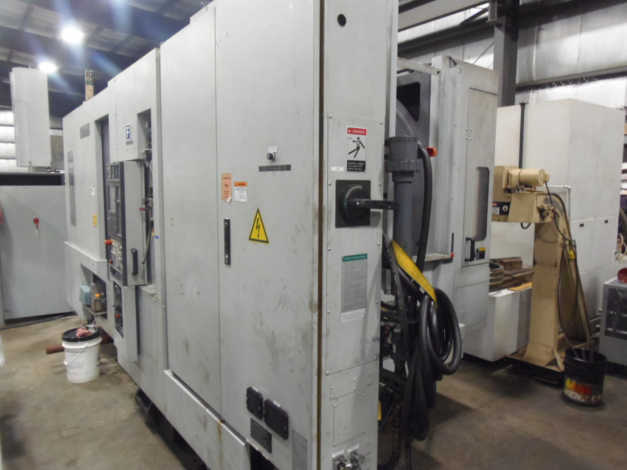 NH-5000/40 MORI SEIKI HORIZONTAL MACHINING CENTER, WITH COOLANT SYSTEM, MODEL NH5000, 2003, THRU SPINDLE COOLANT, 1 DEGREE, MSC501 WITH MAPPS, 60 ATC, 40 TAPER, 2 PALLET, 14,000 RPM