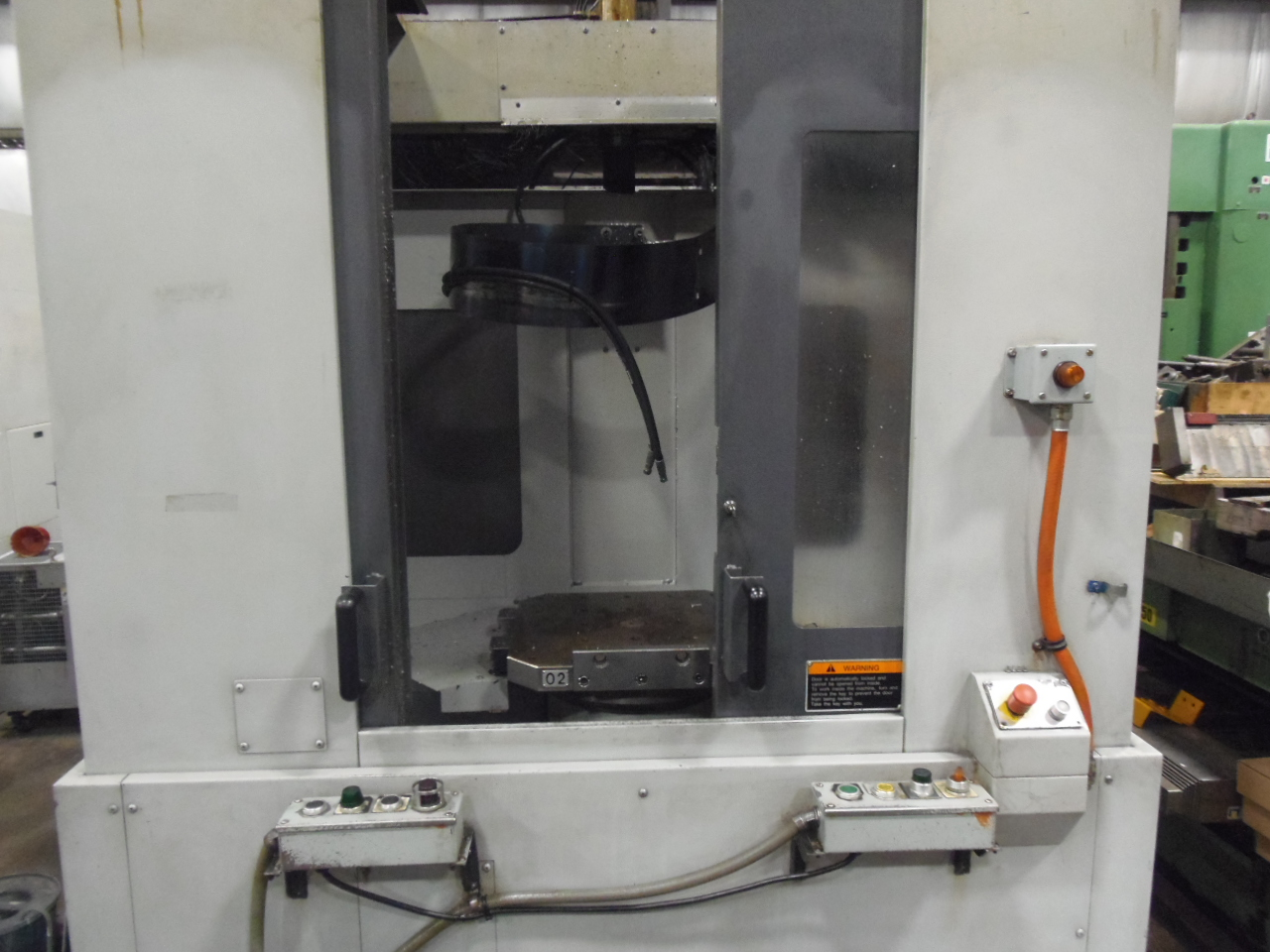 NH5000/40 MORI SEIKI, 2003, THRU SPINDLE COOLANT, 1 DEGREE, MSC501 WITH MAPPS, 60 ATC, 40 TAPER, 2 PALLET. 14,000 RPM