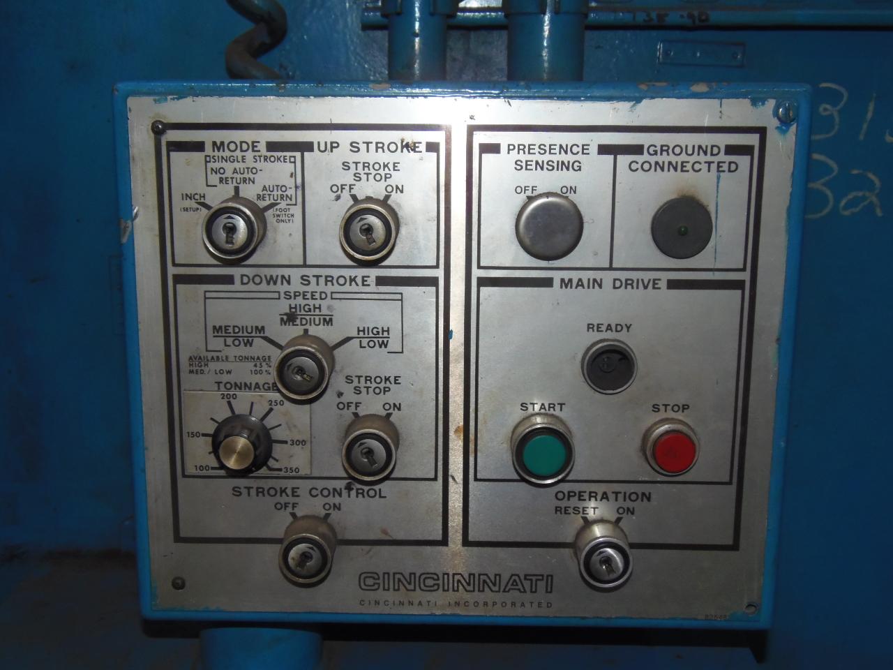 350 TON X 12/10' CINCINNATI, MODEL 350CB-10, 1994, AUTOGAUGE CNC CONTROL