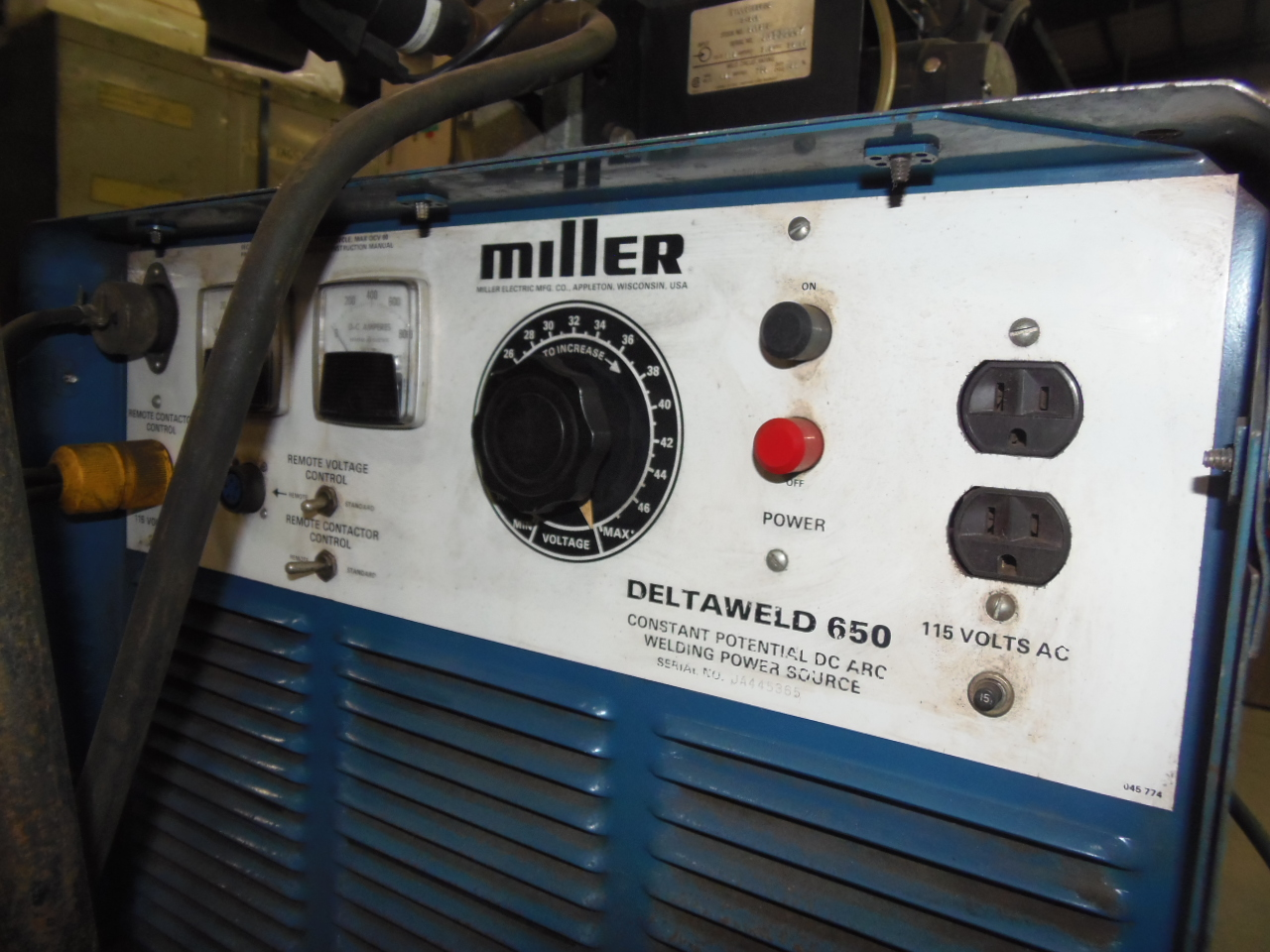 MILLER DELTAWELD 650, MIG WELDER 650 AMPS, MILLERMATIC S-54A FEEDER, CART