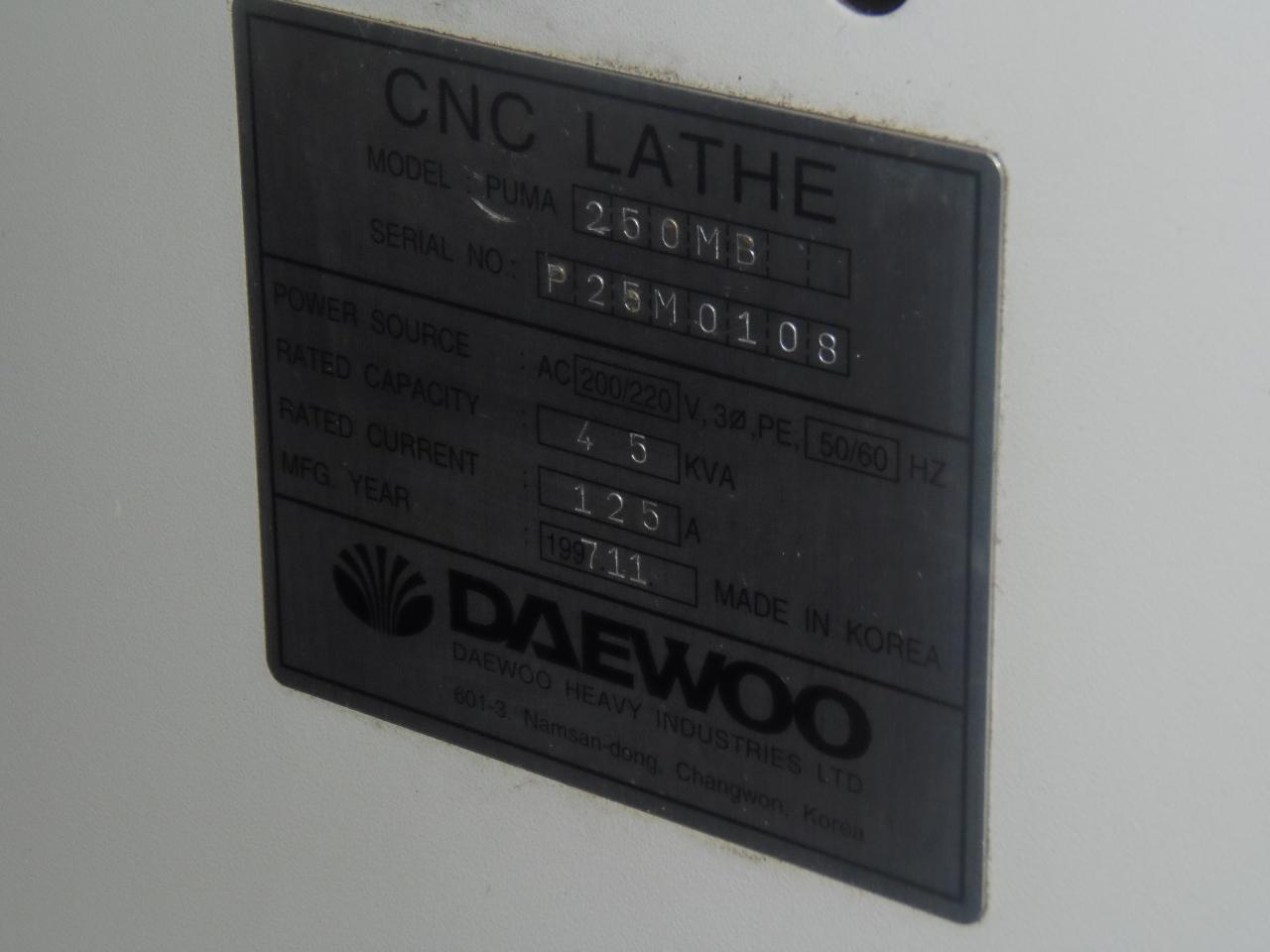 "DAEWOO 250M, LIVE TOOLING, TAILSTOCK, 10"" CHUCK, CHIP CONVEYOR, TOOLING, 1997"