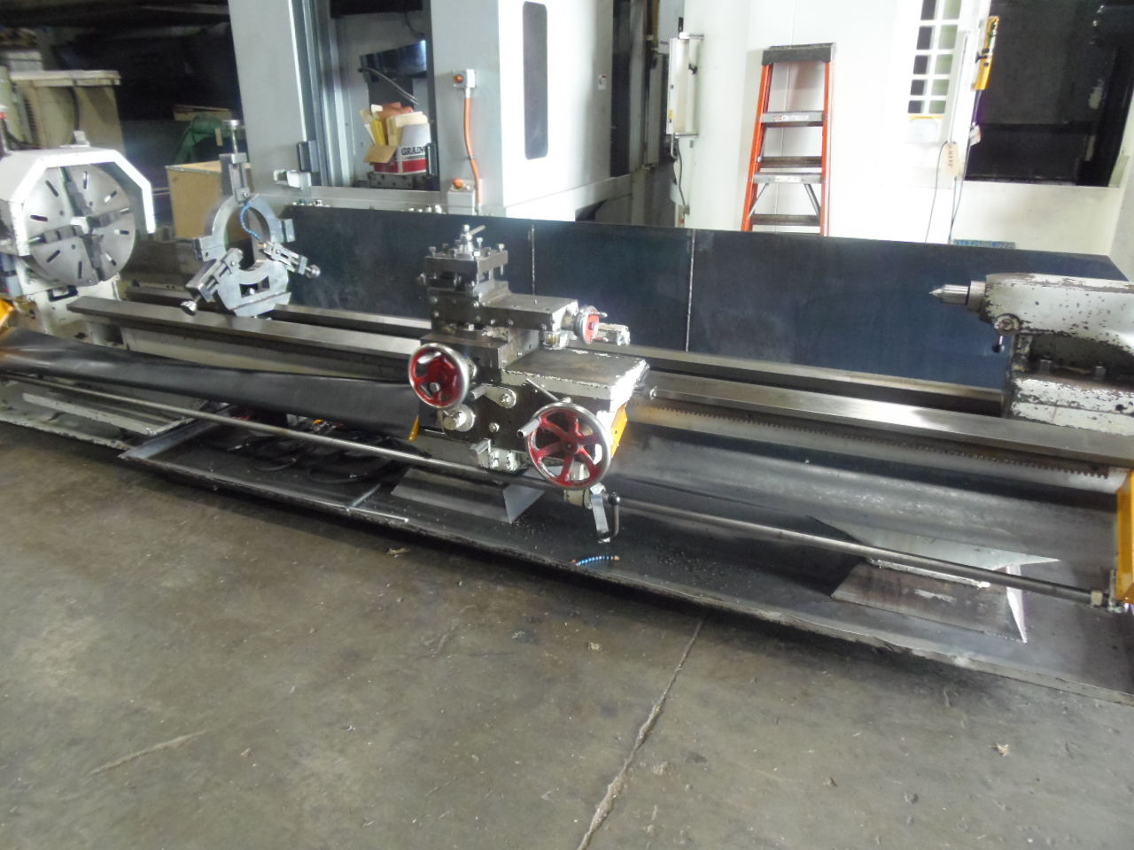 "26""/16"" X 152"" MITCHELL, 48"" GAP, 24"" 4 JAW, S.R., 4"" SPINDLE BORE, 15- 500 RPM"