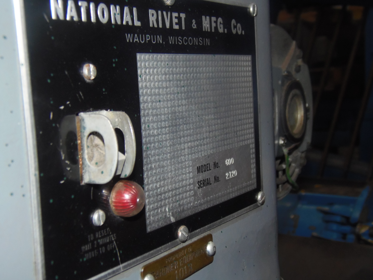 """NATIONAL RIVETER, MODEL 600, 3 3/8"""" STR., TOUCHOMATIC, 12"""" THROAT"""