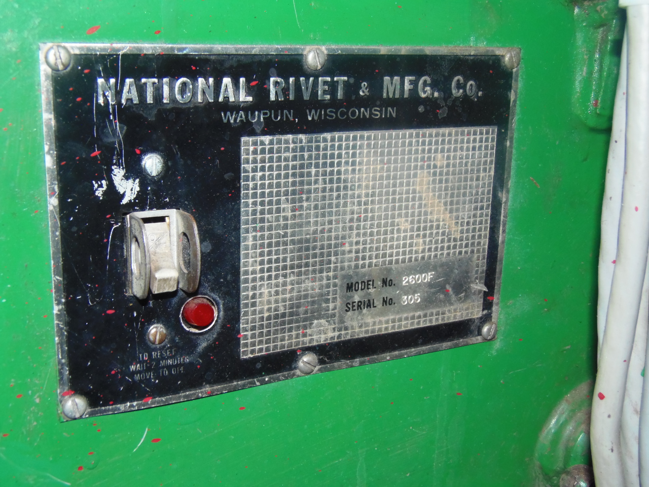 """NATIONAL 2400F, 1"""" STR., TWO RIVETERS ON ONE ADJUSTABLE BASE"""