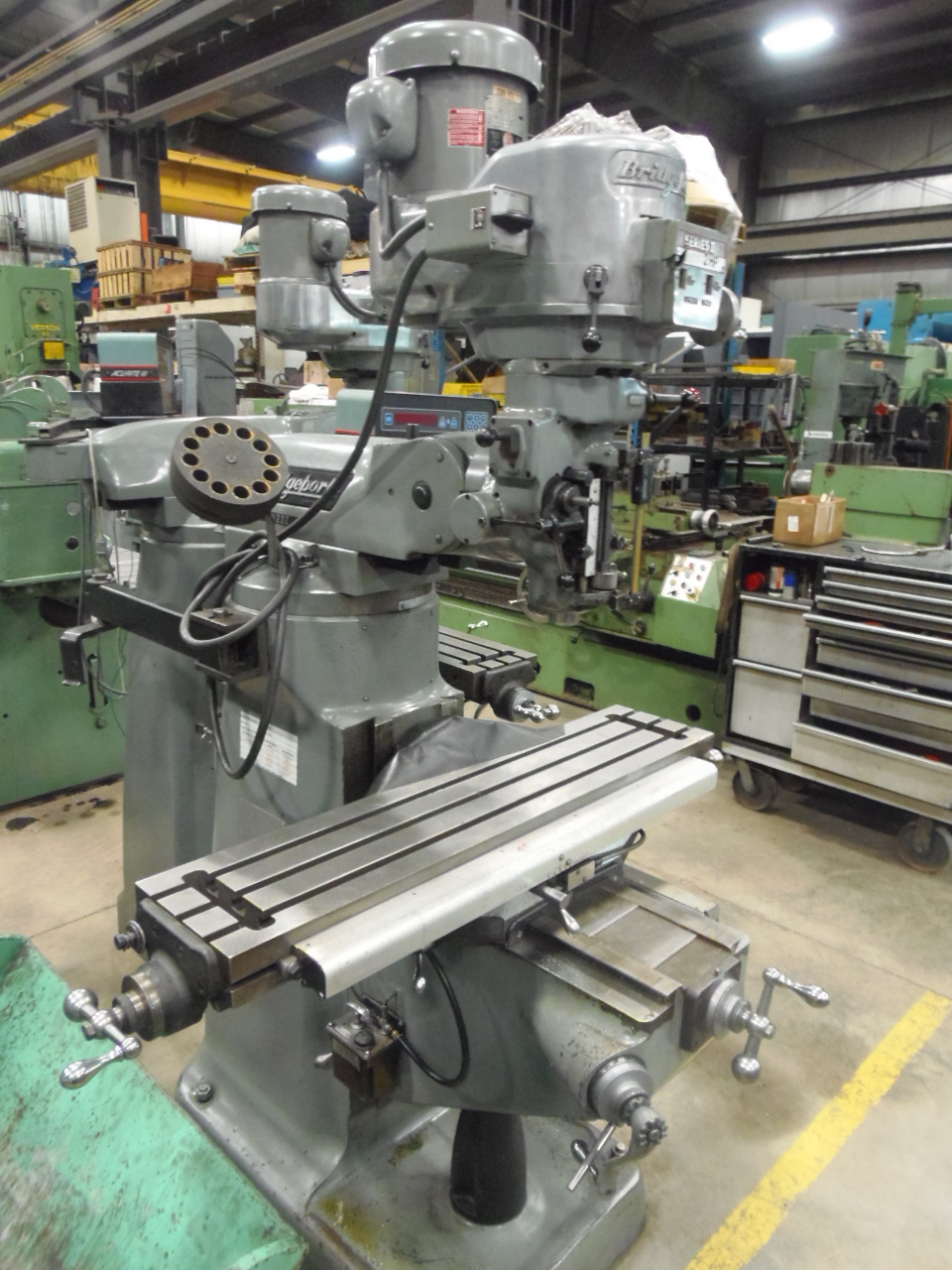 SERIES I BRIDGEPORT, VARY SPEED, 2 AXIS DRO, 9 X 42 TABLE, 1984