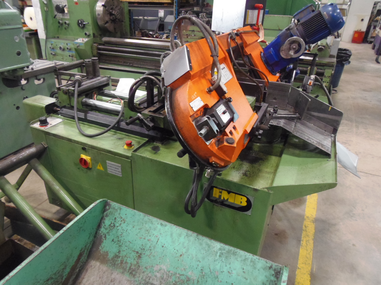 "10"" FMB JUPITER MITERING AUTO BAND SAW, 10.25"" 0 DEGREES, 7.87"" 45 DEGREES, AUTO DOUBLE VISE FEED"