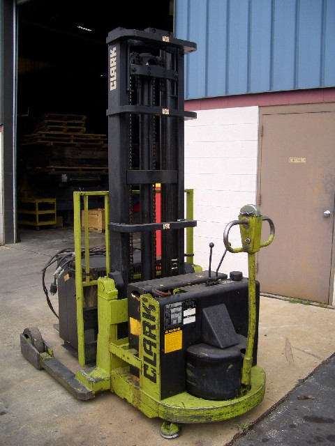 "CLARK S20B ELECTRIC WALK BEHIND FORK LIFT, 1800 LB CAPACITY, 40"" FORKS, 154"" LIFT HEIGHT, 1987"