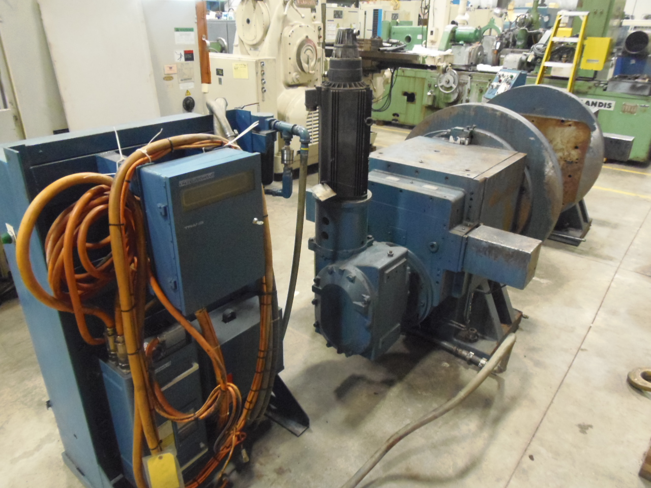 "40"" WISCONSIN DRILL HEAD, VERTICAL ROTARY TABLE , BOTH HEADS DRIVEN, PROGRAMMABLE, 180 POSITIONS,  SERVO DRIVEN, 1995"