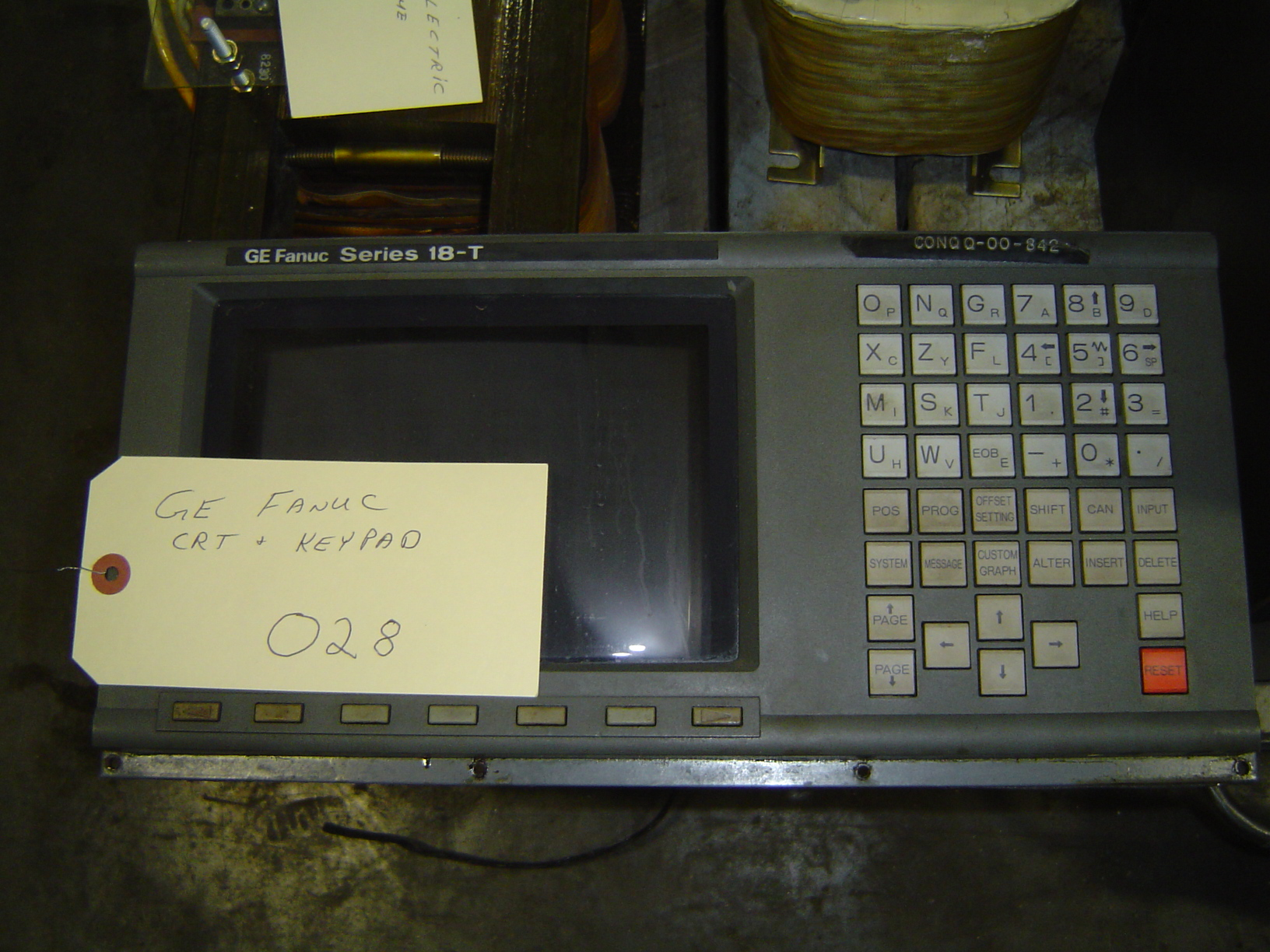 GENERAL ELECTRIC FANUC CRT AND KEYBOARD, TYPE D99CM-01A