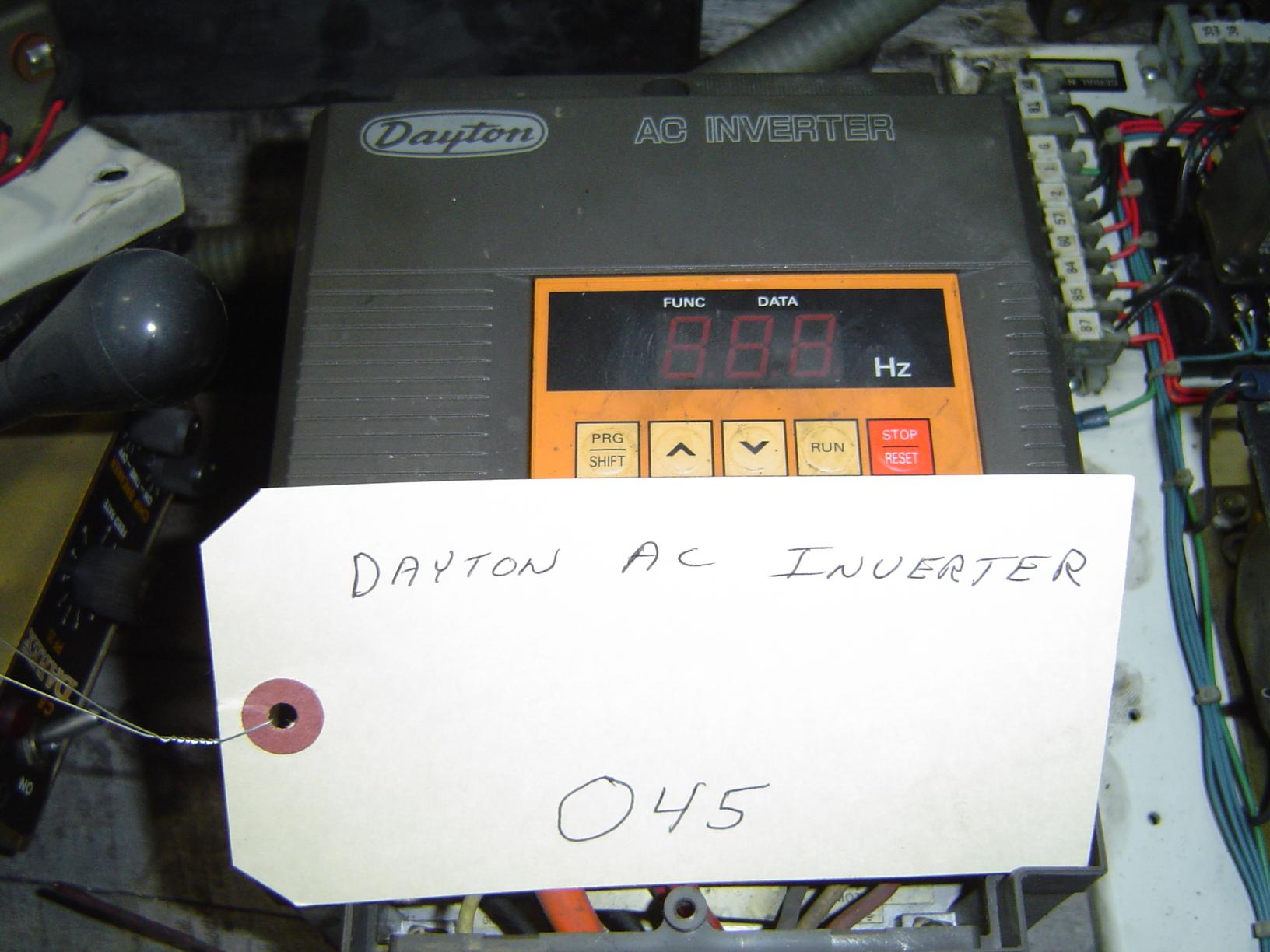 DAYTON AC INVERTER