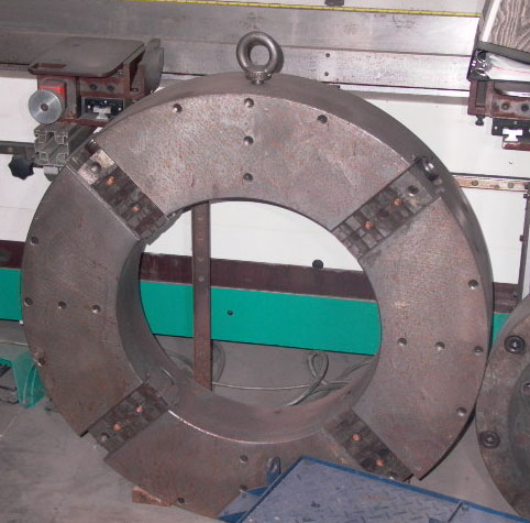 39 INCH MANUAL 4 JAW CHUCK, 22 INCH THROUGH HOLE