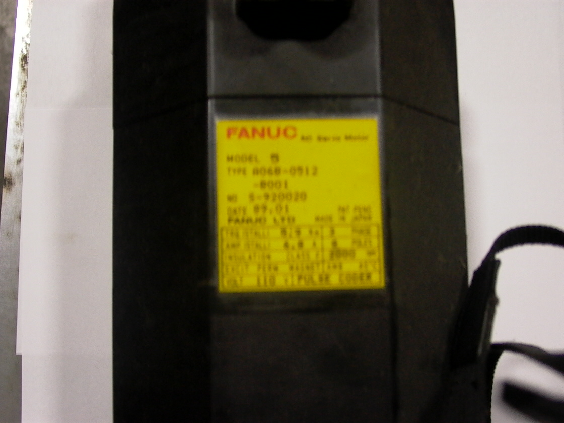 FANUC AC SERVO MOTOR, MODEL 5, 3PH, 8PLS, 2000 RPM, PULSE CODER, EXCIT PERM MAGNET, 31 LBS, 1989
