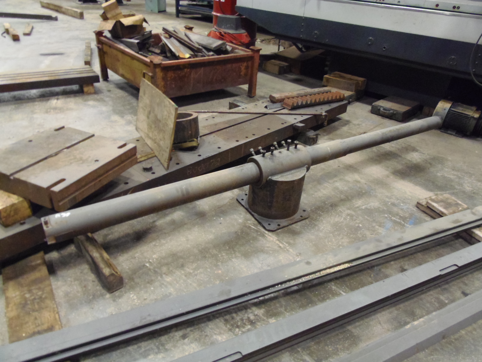 LINE BORING TOOL AND STEADY RESTS
