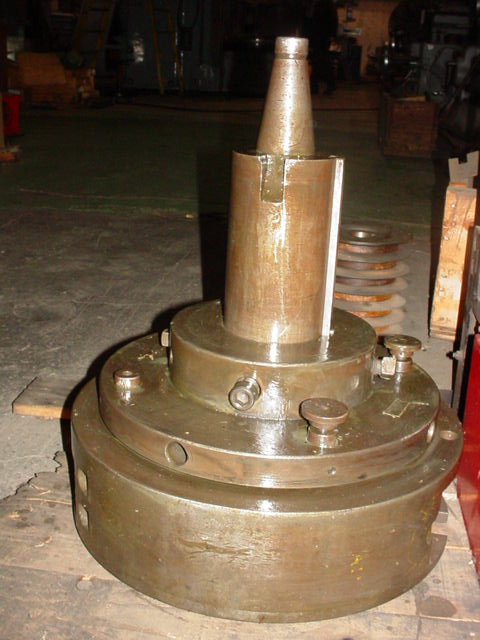 """20"""" CONTINUOUS FEED BORING AND FACING HEAD, 50 TAPER, 4 SPEED RANGES, 32"""" MAX FACING DIAMETER"""