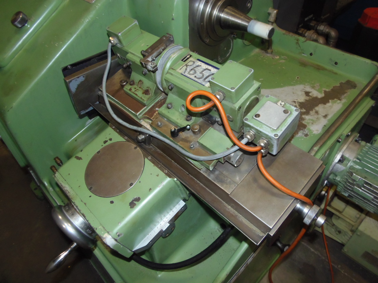 "REISHAUER MODEL AM-10 GRINDING WHEEL DRESSING AND PROFILING MACHINE, 15.75"" GRINDING WORMS, 1966"