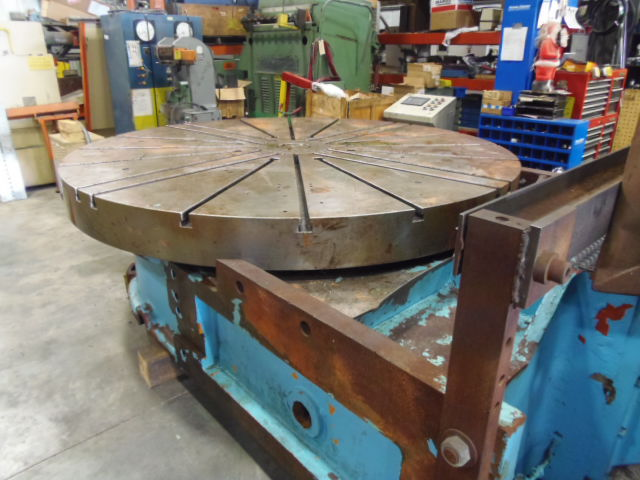 "108"" BETTS ROTARY TABLE, 20 T-SLOTS, 60 HP MOTOR, EST. 30,000 LB. CAPACITY"