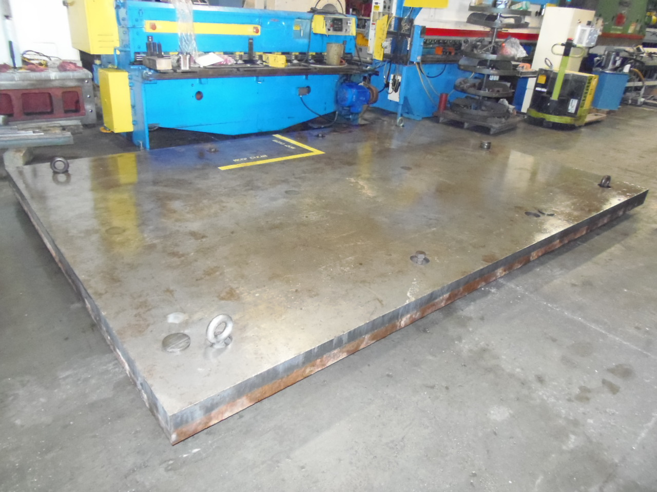 "183"" x 120"" FLOOR PLATE, 12 LEVELING PADS, 6"" THICK STEEL, NO T-SLOTS"