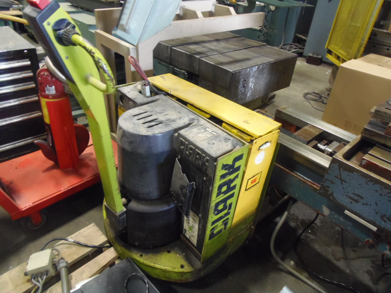 6000 LB. CLARK PALLET JACK FORK LIFT, MODEL P60 E, TYPE E, CHARGER, BATTERY