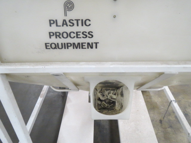 Plastic Process Equipment Material Bin (800lb Capacity)