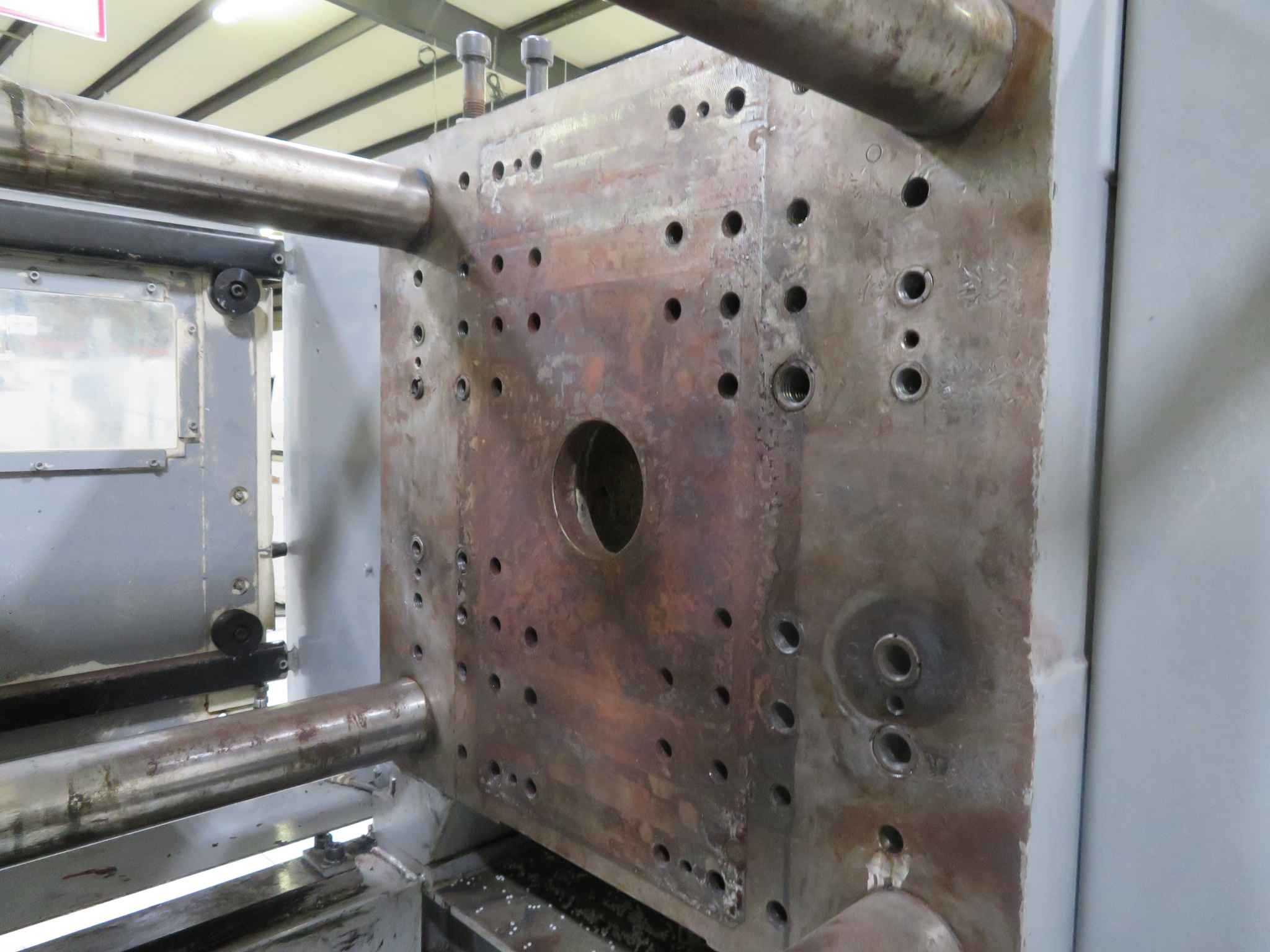 Sumitomo SH100C Used Injection Molding Machine, 110 ton, Yr. 2003, 6.7 oz.