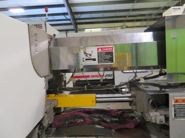 Toshiba ISG190NV10-10 Used Injection Molding Machine, 190 US ton, Yr. 2000, 19 oz.