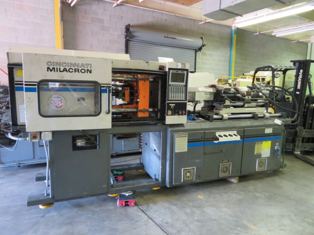 Cincinnati VT110-10 Used Injection Molding Machine, 110 US ton, Yr. 1994, 10oz.