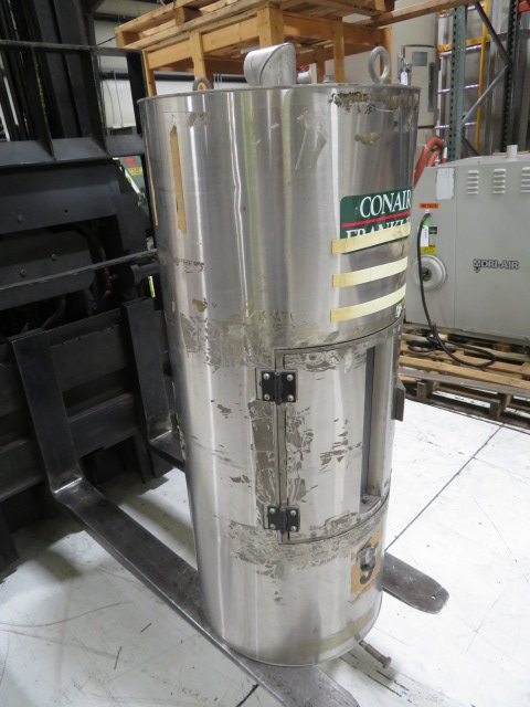 Conair CH14-3 Used Drying Hopper, 105 lb Capacity, Insulated