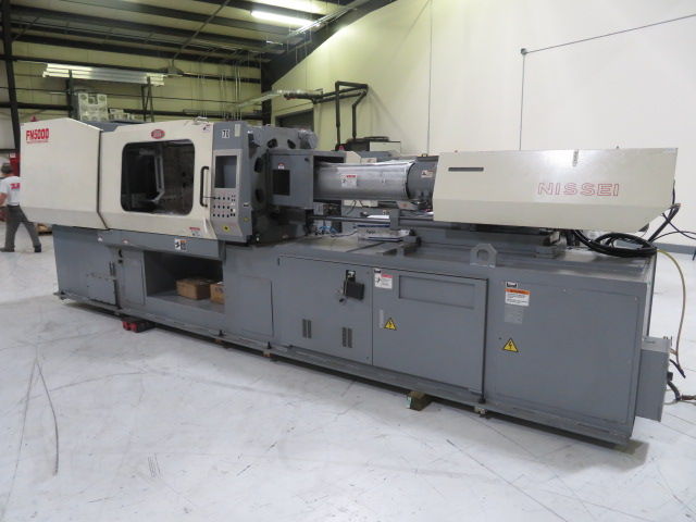 Nissei Used FN5000-50A Injection Molding Machine, 237 US ton, Yr. 2001, 17.1 oz. PARTS ONLY