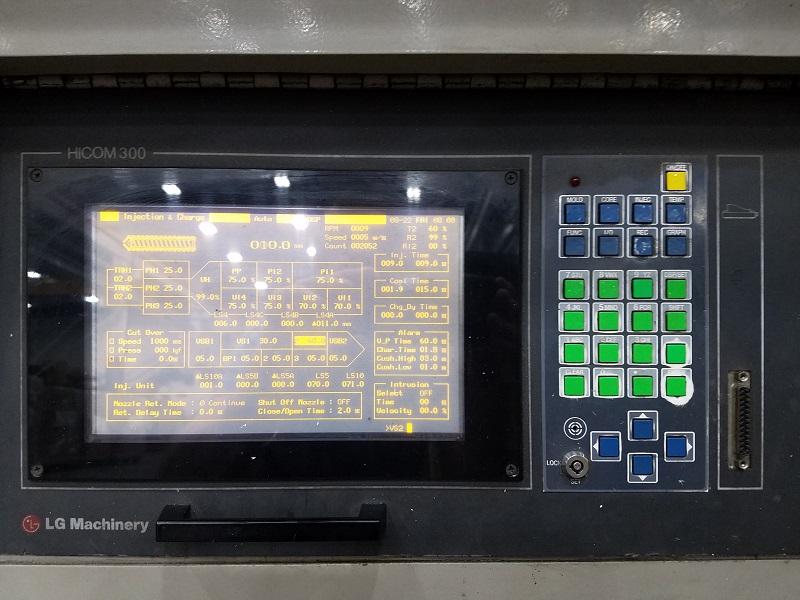 LG Goldstar Used Injection Molding Machine, 100 US ton, Yr. 2006, 6.5 oz.