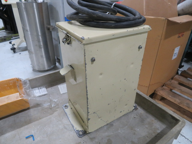 GTI KVA 4 Used Transformer, 480V Input Voltage, 200V Output Voltage