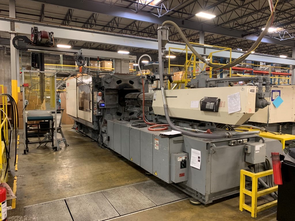 Nissei Used FV9100-310L Injection Molding Machine, 720 US ton, Yr. 2002, 107 oz.,  460V