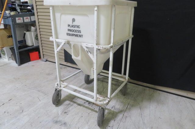 PPE Used MTB 375 Material Bin, 410 lbs. Capacity