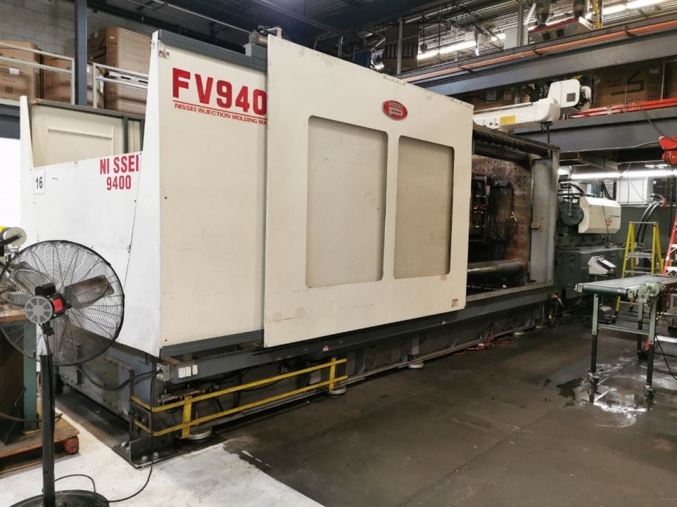Nissei Used FV9400-700L Injection Molding Machine, 1437 US ton, Yr. 2002, 297 oz., 460V