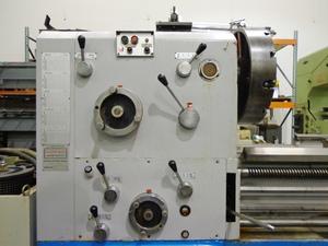 Giana model 3280 gap bed engine lathe7