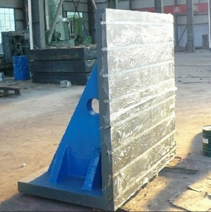 Esco_cast_iron_t-slotted_angle_plate_2000mm_x_2000mm_x_1600mm