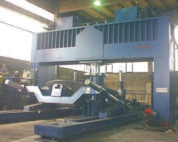Hydraulic_press_with_manipulators