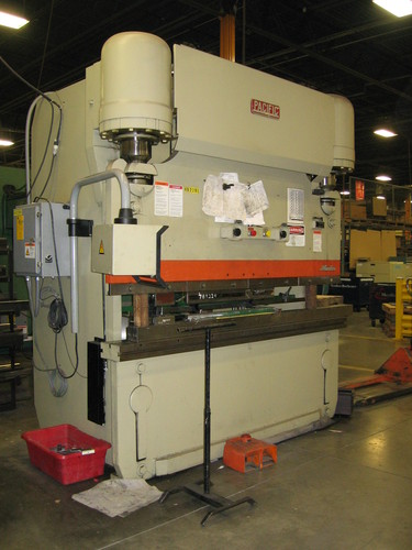 Pacific model j225 8 hydraulic press brake