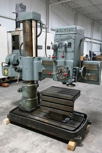 Giddings   lewis bickford chipmaster radial arm drill