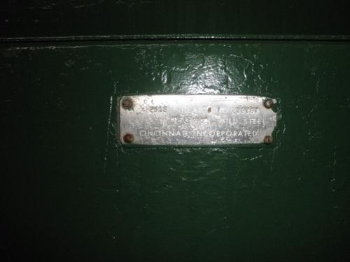 18218f