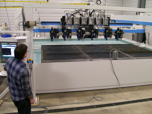 Waterjet machine big w operator