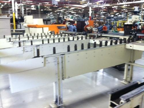 Conveyor feed end