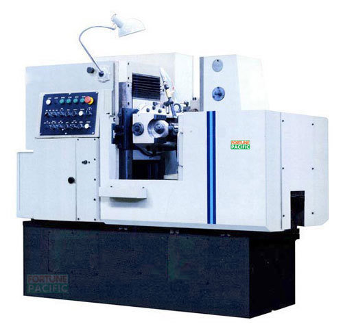 Gh125_s_semi-automatic_gear_hobbing_machine