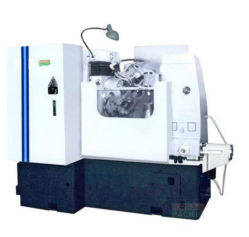 Gh200_sa_sb_semi-automatic_gear_hobbing_machine