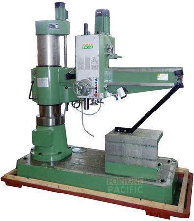 Rd40x13h_hydraulic_lock_radial_drilling_machine