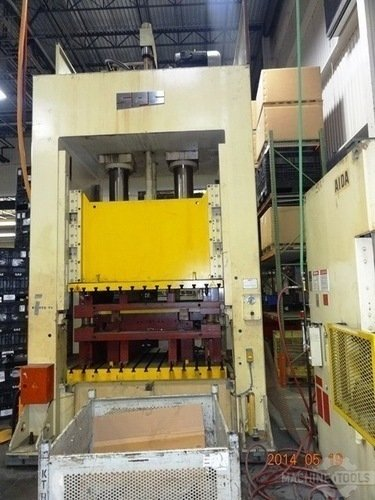 Spc 300 ton hydraulic press  13