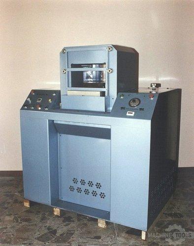 Machine_038